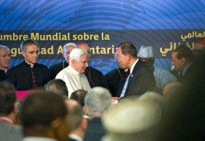 The Secretary General of the UN Greets Pope Benedict XVI